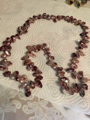 Collier de coquillages or rose-blanc