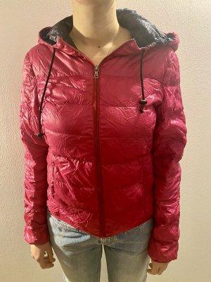 Echte Daunen Ultraleichtjacke zum einpacken (mit Beutel) von Zara