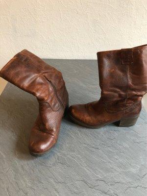 Botas estilo vaquero marrón