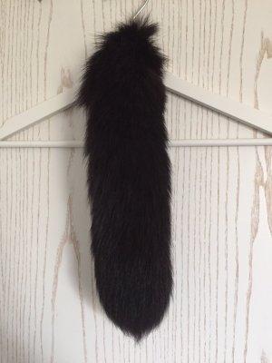 Echter Fuchsschwanz in schwarz