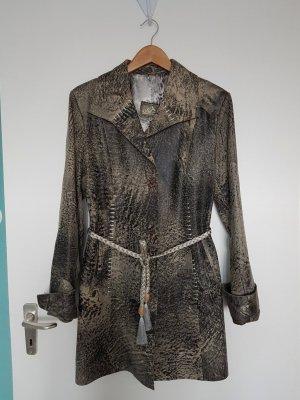 Abrigo de cuero gris-caqui