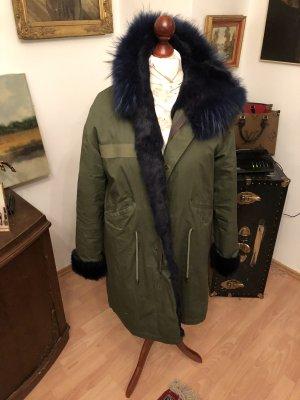 Manteau de fourrure vert foncé