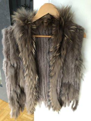 Smanicato di pelliccia marrone-grigio Pelliccia