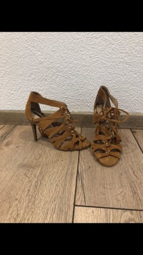 H&M Strapped pumps brown