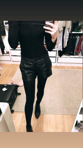 Vila Shorts negro