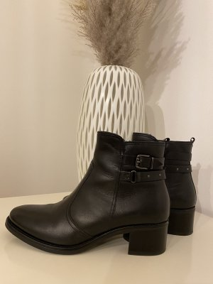5 th Avenue Ankle Boots black-silver-colored