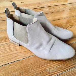 Vero Cuoio Slip-on Booties cream-oatmeal leather