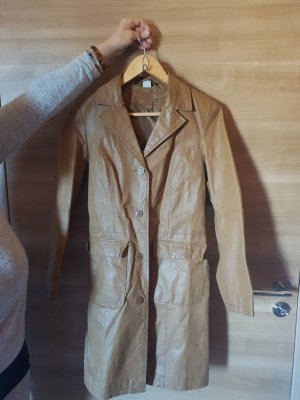 keine Abrigo de cuero marrón