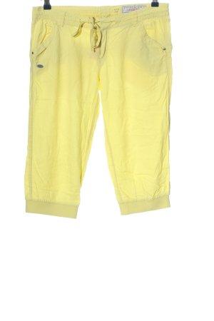 edc Bermudy bladożółty W stylu casual