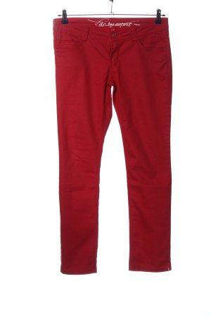 edc by Esprit pantalón de cintura baja rojo look casual