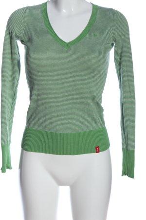 edc V-Ausschnitt-Pullover grün Schriftzug gestickt Casual-Look