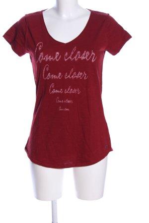 edc V-Ausschnitt-Shirt rot Schriftzug gedruckt Casual-Look