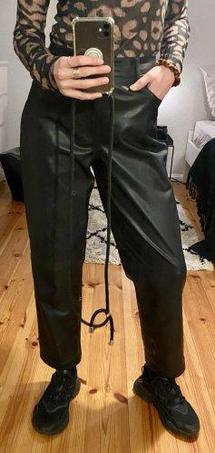 Edited Pantalon en cuir noir polyuréthane