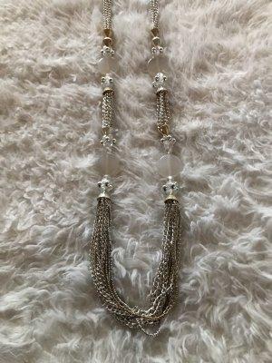 Edle Kette mit Perlen