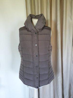 Edle leicht glänzende sehr dicke Outdoor Steppweste Khaki grau Tchibo Woman Weste Winterweste Fleece Taschen Outoorweste