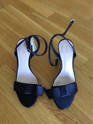 Edle Sandalen in Schwarz mit Schleife