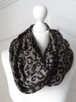 edler Animal Print Schal aus Viscose nur wenig getragen