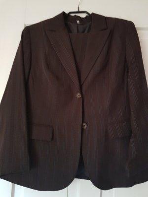 Costume business brun noir