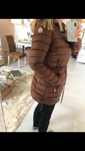 Edler MONCLER  leichter gesteppter Mantel