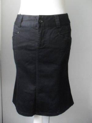 edler Vero Moda Rock Gr. 36 Schwarz nur wenige Male getragen