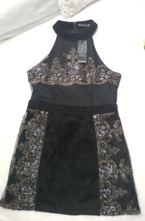 Edles Bohoo Petite Kleid mit Samt Silber Gold Bestickung