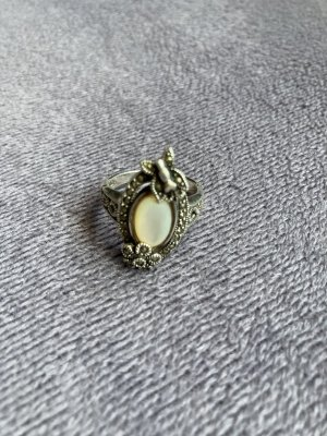 Edles Design 925 Silber Ring neuwertig