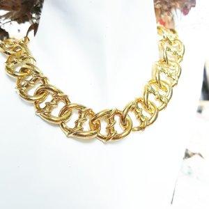 Zdobiony naszyjnik złoto