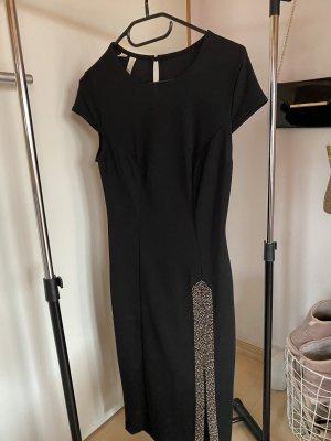 Edles Kleid mit Schlitz