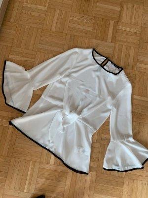 Camisa tipo Carmen blanco-negro