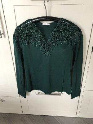 Edles Langarmshirt grün mit Spitzen-Ausschnitt