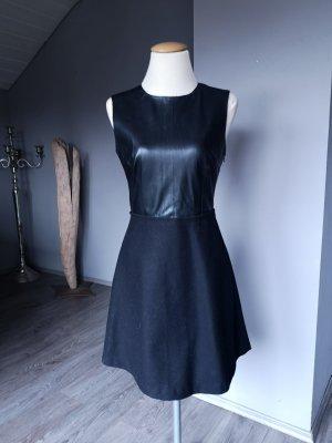 Zara Basic Robe en cuir noir
