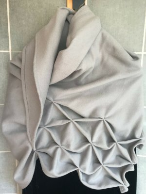 Shoulder Scarf light grey wool