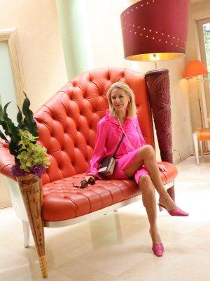 Anni Carlsson Robe de cocktail rose