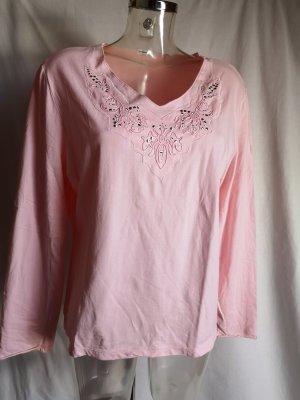 edles Shirt mit vielen schönen Details Neu!