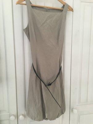 vestido de globo marrón grisáceo