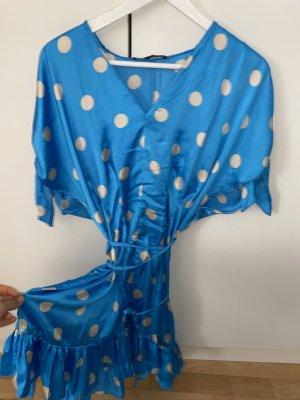 Edles sommerliches Kleid