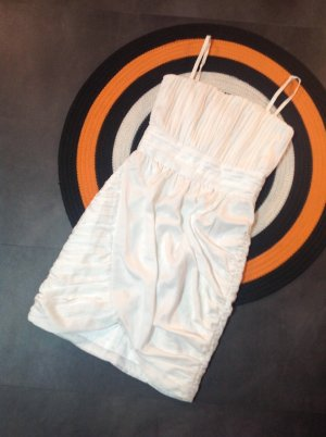 H&M Off-The-Shoulder Dress white