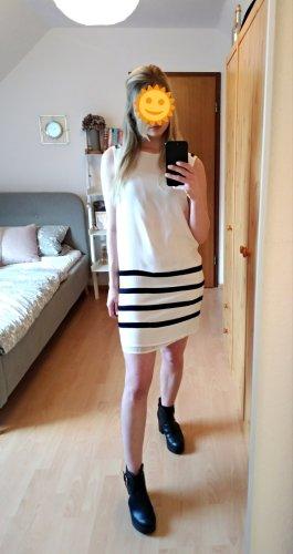 Edles weißes Kleid mit schwarzen Streifen und Unterkleid von Zara  Größe S