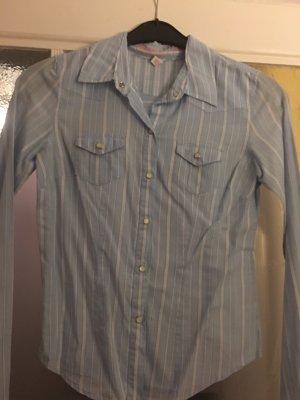 Ein Klassiker - Gestreifte Hemdbluse von Abercrombie & Fitch