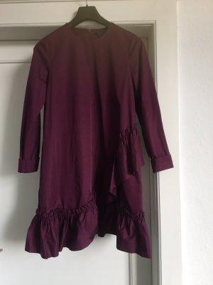 Ein Kleid von COS