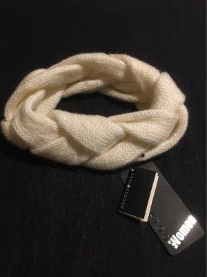 Accessoires Szydełkowana czapka w kolorze białej wełny