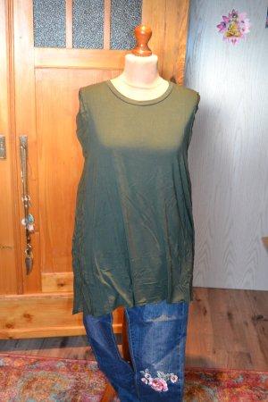 ein süße Longblusen-Shirt in einem schönen Waldgrün von talk abaout