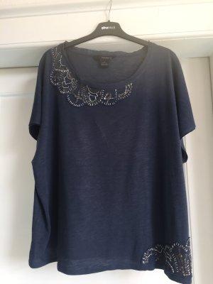 Ein T-Shirt von CALVIN KLEIN JEANS