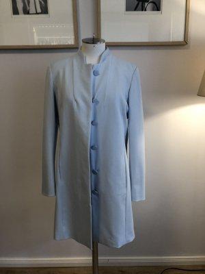 Einblauer Mantel