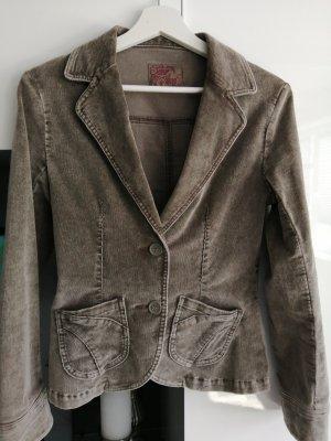 Eine sehr schöne Kargo Jacke