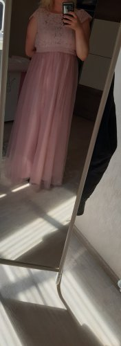 einen ser sehr wunderschönen kleid zu verkaufen