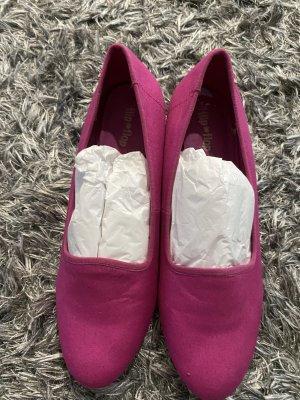 Einmal getragene Schuhe von flip Flop