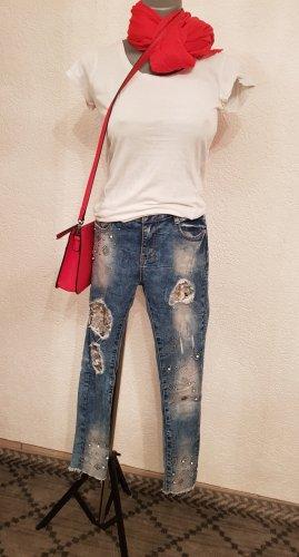 Einzelkauf möglich!Sommer Outfit Röhrenjeans Hose 36Größe, mit weiß Farbe Shirt Größe 34