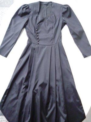 Einzelstück: Ballkleid/Abendkleid, reine Seide, Handarbeit, Dirndlschnitt, Gr. 36
