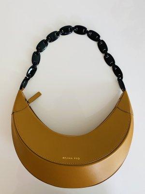 Einzigartige Schultertasche von Rejina Pyo